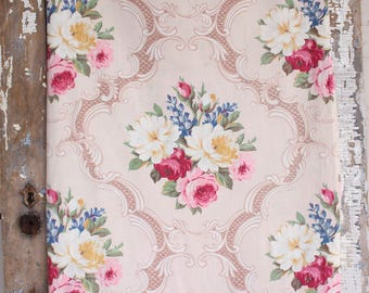 Scrolled English Cabbage Roses Vintage 1940s Fabric