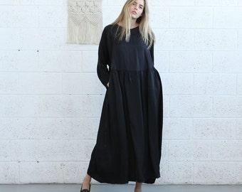 Winter Final Sale Oversized maxi dress, Black .