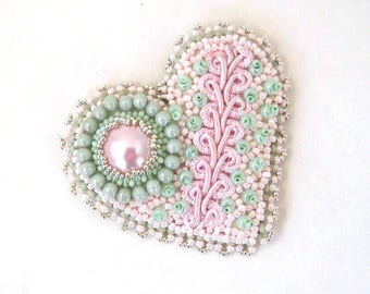 Bead embroidered brooch, Beaded heart brooch, Heart brooch, Gift for women, Mint Green and pink, Handmade gift