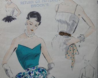 Fabulous Vintage 50s EASY TO MAKE Misses' Bodices Vogue Pattern