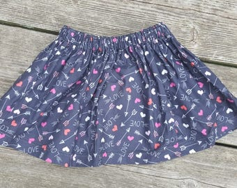 SALE - Gray with Hearts and Arrows - Size 2T