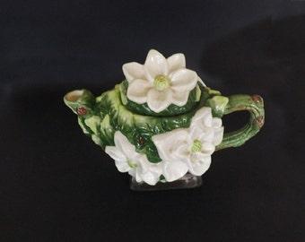 Vintage Tea Pot Teapot, World Bazars Magnolia Teapot, Kitchen Decor, Shelf Decor, Tea Serving Pitcher, Magnolia Flower, Collectible