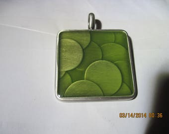 Pewter and Glass Lime/Olive Green Bubble Design Pendant