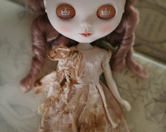 Beige vintage coffee dye dress - for Blythe - doll outfit - by kreamdoll