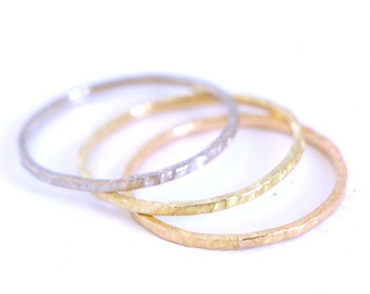 Hammered gold ring 14k or 18k,solid gold certified fairmined,matt yellow gold,minimalist, wedding band ring,engagment & promise,fairgold
