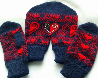 Dual Valentine Gloves, for Lovers Holding Hands in One Glove, Love Decoration