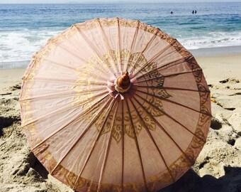 Sand lotus parasol