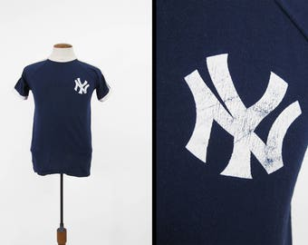Vintage 70s NY Yankees T-shirt Jersey Artex V Neck Trefoil Made in USA - Small