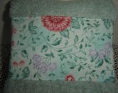 Light seafoam green hand/dish towel with pink/salmon flowers, spring decor, cottage chic/chintz look, mom gift/hostess gift, cotton terry