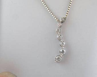 Mother's Day  Journey diamond pendent in white gold   Or the perfect I love you gift