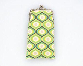 Sunglasses Case - Yellow Mint and Gray cotton fabric - Geometric pattern - Kiss Lock Silver Frame