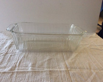 Clear Glass Pyrex Loaf Pan - Refrigerator Dish - Ribbed - Farmhouse Decor - Vintage Kitchen Bakewear - Shabby Cottage Chic - French Cottage