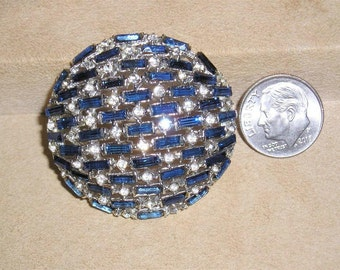 Vintage Rhodium Plated Round Planetary Brooch Pin With Blue Rhinestones Baguettes 1940's Jewelry 2256