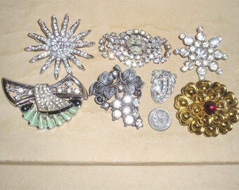 Vintage Lot Of Seven Rhinestone Brooches Pins 1940's-50's Priced To Sell Jewelry 10093