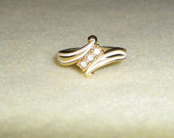 Vintage Avon Ring, off white enamel and rhinestone ring, signed avon gold tone ring, size 10.25