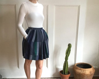 80's best teal and navy plaid full above the knee pleated skirt with pockets - size xs small - w25