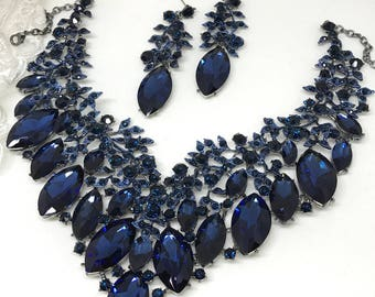 Bridal jewelry set, wedding jewelry, bib necklace earrings, Chunky rhinestone necklace statement, Navy blue crystal jewelry set