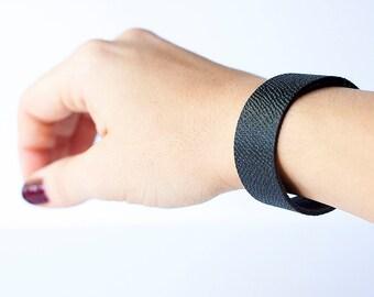 Leather Bracelet / Slim Cuff / Dusk Navy