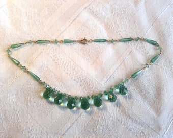 Vintage Art Deco Czech Crystal Necklace in Spring Green.