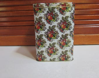 Fruit Peaches Berries Made in England Tin