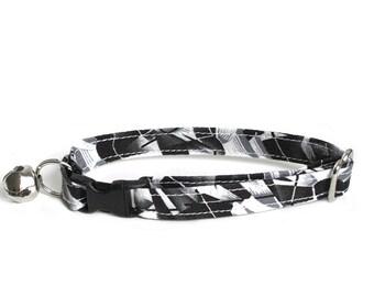 Fractured adjustable breakaway cat collar