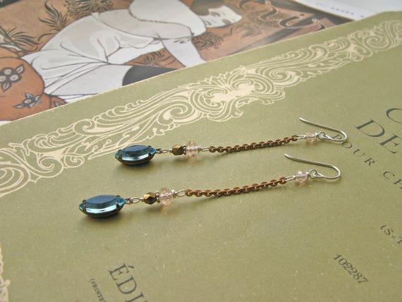 Mitzi Poudrée earrings...
