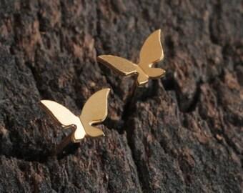 Tiny Butterfly Earrings , Gold Butterfly Studs , Small Earrings , Cute Earrings , Flying Butterfly , Butterfly Wings , Butterfly ...