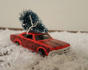 Vintage Hotwheels Collectible 1965 Impala Bottlebrush Tree Christmas Ornament