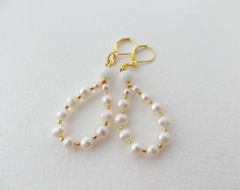 Gold Pearl Earrings, White and Ivory Freshwater Pearl Dangle Earrings, lever back French fitting earrings - Bridal