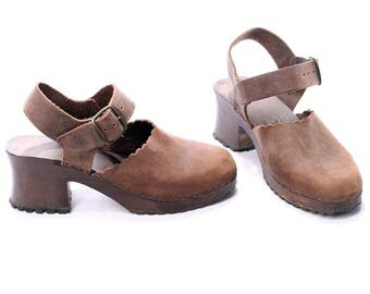 Wooden CLOGS 70s Leather Retro Platform Mules Wide Fit Sandals Grunge Faded Brown Scandinavian Chunky Summer Shoes US wom 6 , Eur 36, Uk 3.5