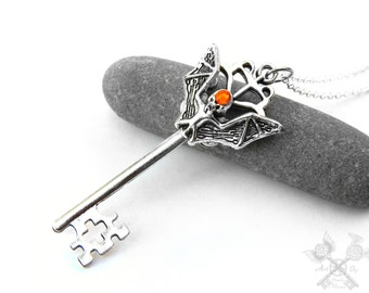 Bat Necklace / Gothic Accessories / Gothic Jewelry / Gothic Clothing for Women / Skeleton Key Necklace / Cyber Goth Clothing