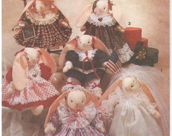 1991 - Simplicity 7707 Vintage Sewing Pattern Crafts Bunny Rabbit Seasonal Wardrobe Doll Stuffed Animal Toy Decoration Faith Van Zanten