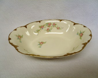 Delicate and Timeless, Taylor Smith Taylor 9 inch Vegetable Bowl