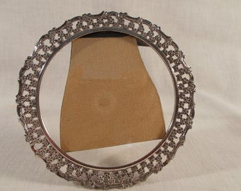 Round Silver Plate Frame