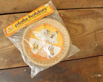Vintage Wicker Chargers for Paper Plates New Old Stock Packaged Set of 4