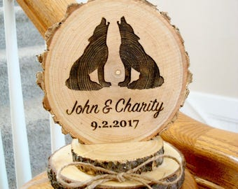 Wolf Cake Topper, Rustic Wedding Cake Topper, Wolves Cake Topper, Wood Cake Top, Engraved Cake Topper, Wood Slice Cake Topper, Barn Wedding