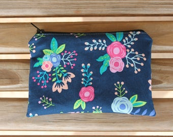 Reusable Snack Bag, Navy Flowers - ZIPPER Snack Bag, Lunch Bag, Reusable Bag, Eco-Friendly