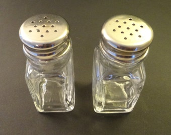 GLASS SALT & PEPPER Shakers with Metal Screw-on Lids - Utilitarian - Retro Diner Style