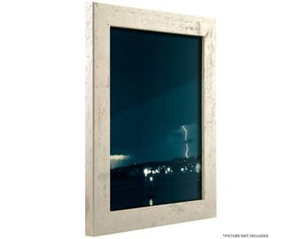 "Craig Frames, 5x7 Inch Distressed Off-White Picture Frame, Bauhaus 1.25"" Wide (260120507)"