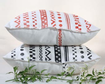 Decorative pillow cover hand-printed in red or black - Cushion cover, ecru cotton, stamped with pattern simulating tapes
