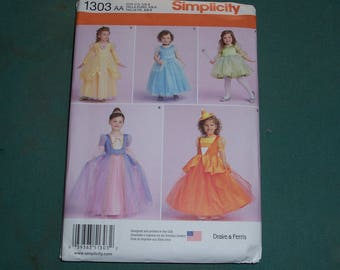 Simplicity Pattern 1303 Toddlers and Childs Costumes..Princess, Fairy or Witch Costume Patterns..