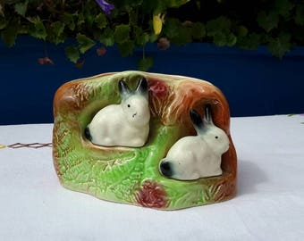 Gorgeous Eastgate Potteries Planter / Vase with sweet bunnies