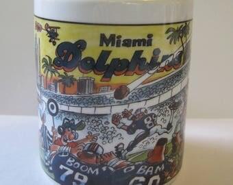 Miami Dolphins Coffee Mug - Illustration - Football