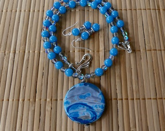 19 Inch Blue  and Gray Fire Agate Pendant Necklace with Earrings