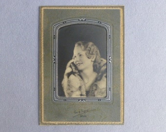 Original 1930s Art Deco Photo of Fashionable American Girl in Fur