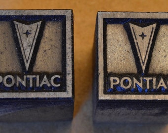 2 Vintage Pontiac logo print blocks lot