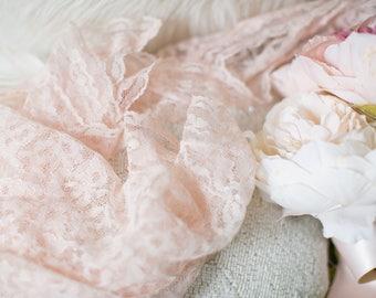 Pink Lace Scarf., Hair Hankie // Pretty Vintage Mantilla or Veil Pink Lace, Vintage Lace Scarf or Shawl