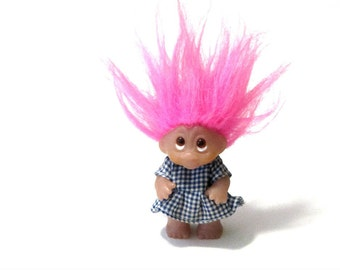 Dam Troll Hot Pink Hair Girl Blue and White Gingham Dress Amber Eyes 1985