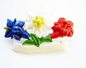 German Vintage Bavarian Edelweiss and Enzian Flower Hat pin or Brooch; Alpenstyle Kitsch for Oktoberfest made from Celluloid