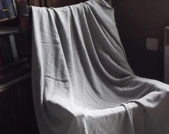 Linen bed cover. Gray linen bedspread. Light grey stonewashed linen blanket. Grey linen crepe. Stonewashed coverlet.